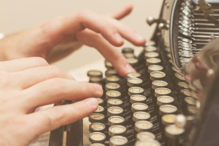 typewriter machine